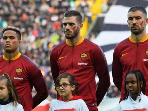 Immagine articolo: Perché i giocatori hanno un segno rosso in faccia? Ecco perché